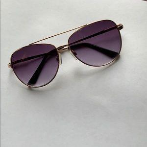 Lucky Brand Aviator sunglasses